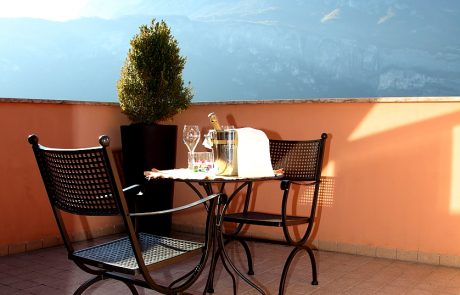 Camera con balcone a Trento
